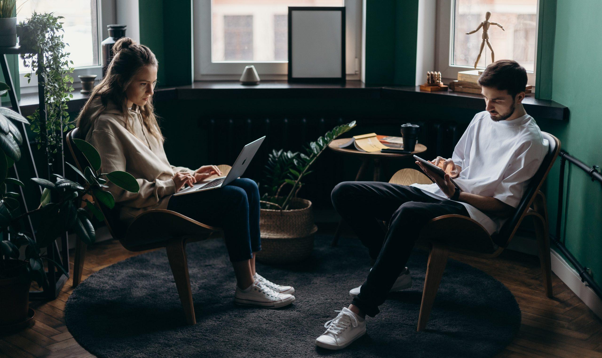 Importance of Technology in Seeking Job