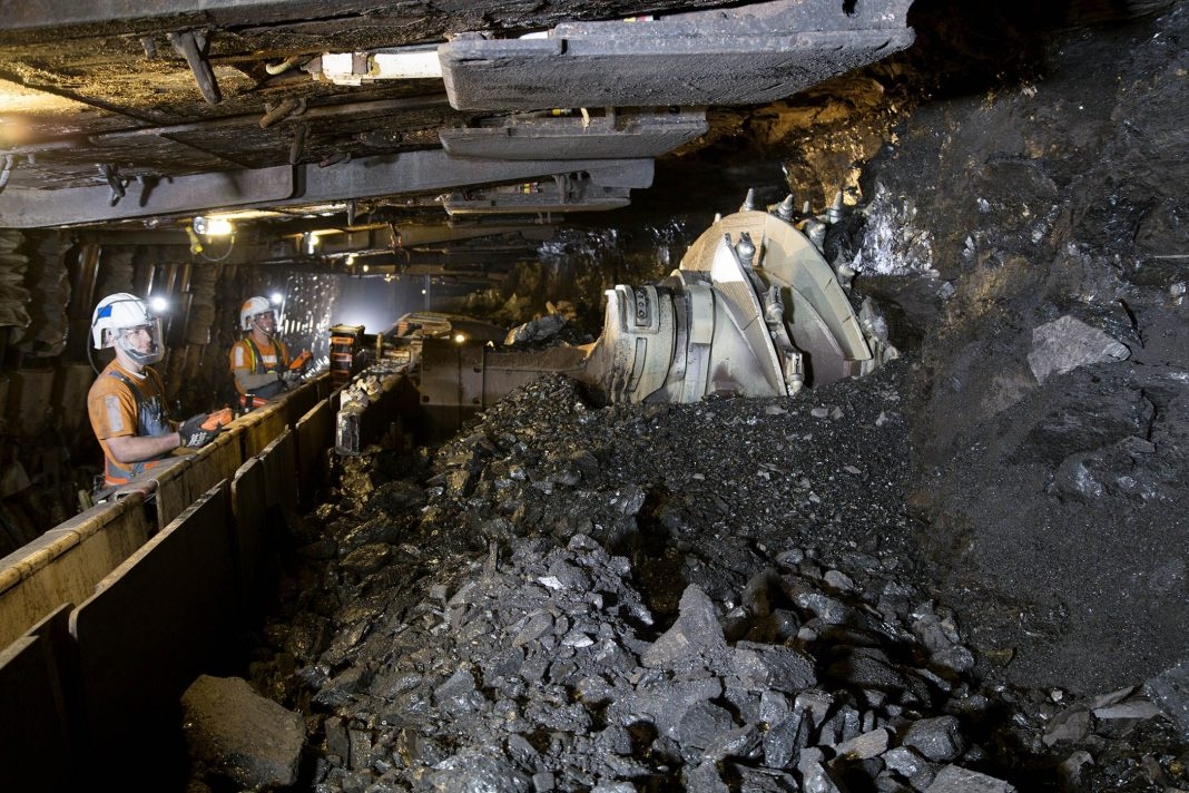 Role of Technology in Mining